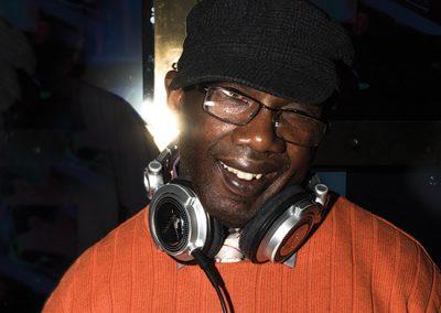 DJ B JONEZ