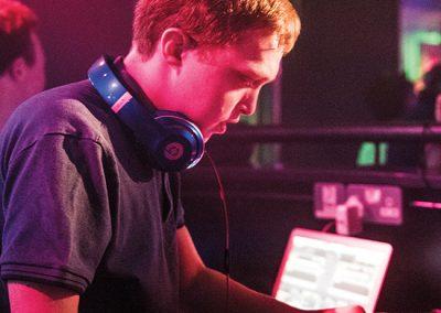 DJ FLASHBACK